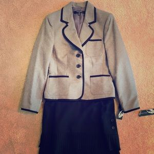 Nine West 2 piece Skirt and Jacket